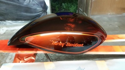 Airbrushed tank by Maxart - Harley Davidson Night Rod 66